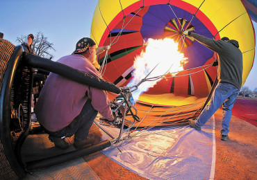 Bluff-Balloon-Rally-7-CPT-012214_930x600