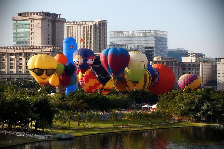 hotair balloons come back to putrajaya balloonteamnet
