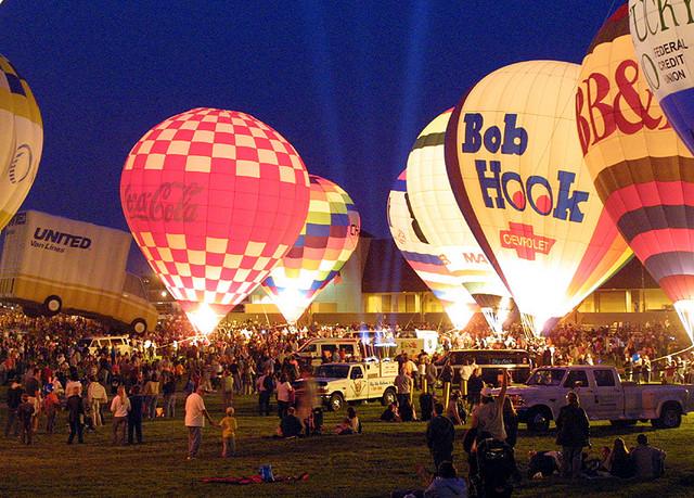 Louisville Balloon Glow 77